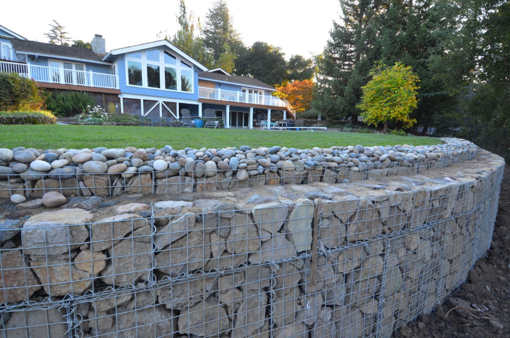 Stone gabion retaining wall