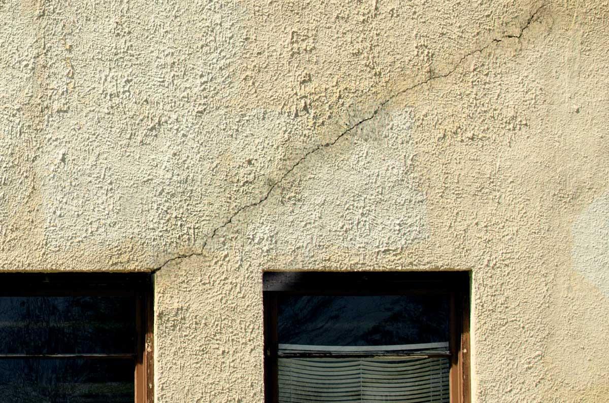 Stucco Cracking